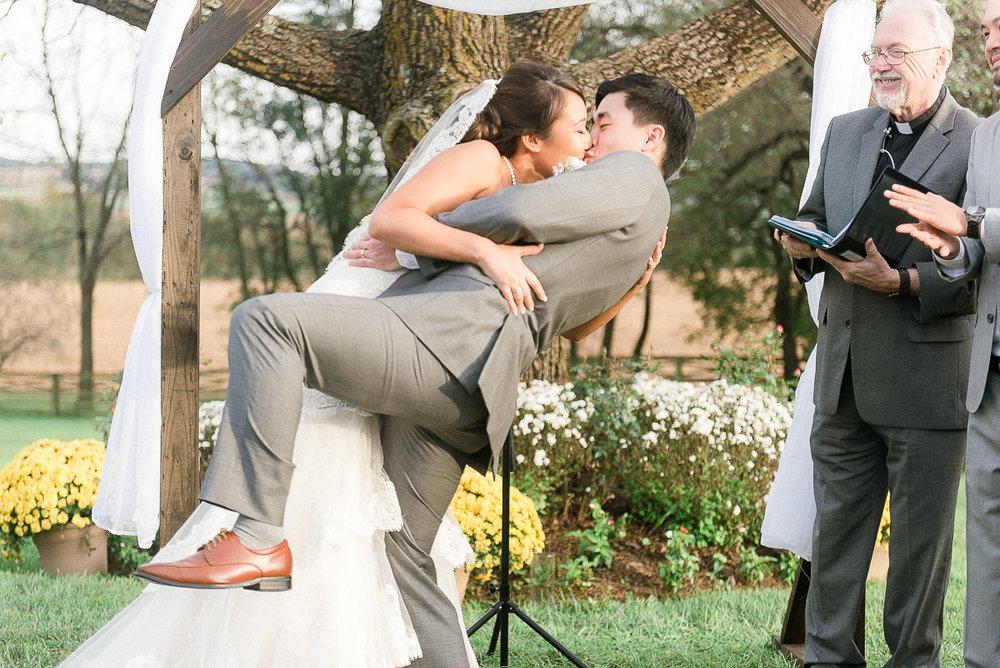 MD-Walkers-Overlook-Wedding-Bride-Get-Ready-64.jpg