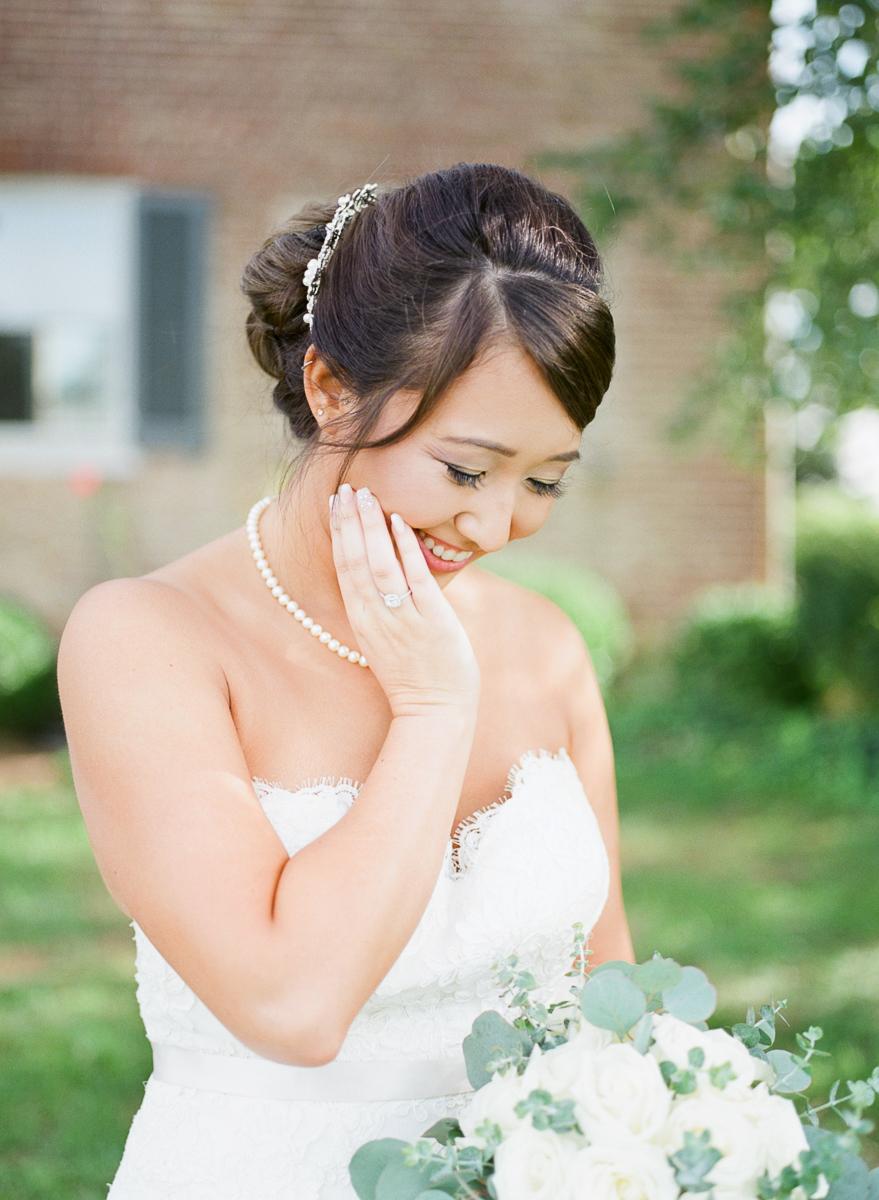 MD-Walkers-Overlook-Wedding-Bride-Get-Ready-71.jpg
