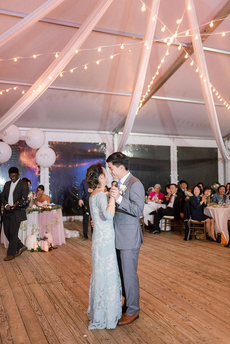 MD-Walkers-Overlook-Wedding-Bride-Get-Ready-106.jpg