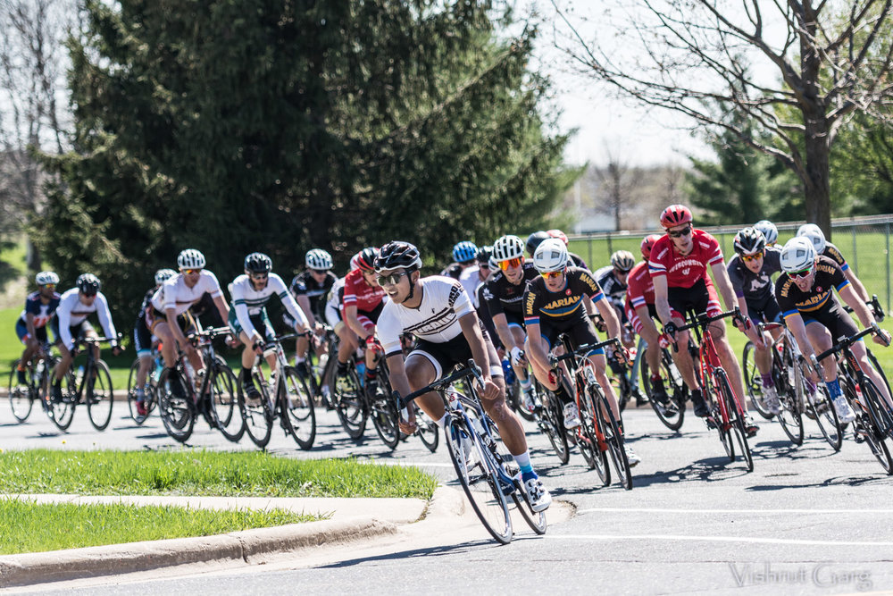Jason Sohn in Men's B crit photo by Vishrut Garg