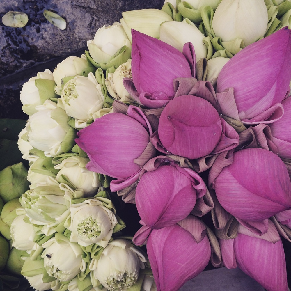 Ton Lamyai Flower Market in Chiang Mai, Thailand - April 2015