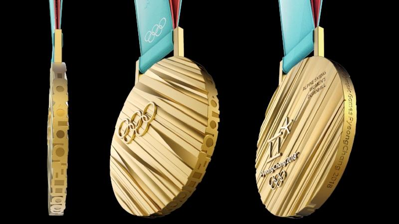 Medaljerna i kommande vinter-OS är repiga redan från början, för att undvika det debacle som uppstod med medaljerna efter OS 2016. Enligt obekräftade uppgifter var Rio-medaljerna tillverkade av Nihonium-286, ett syntetiskt grundämne vars mest stabila isotop har en halveringstid på cirka åtta sekunder.Den här gången lär man dock ha tagit fram mer hållbara material.