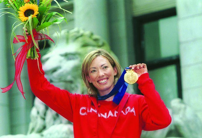Kanadensiskan Beckie Scott vann OS-guld i jaktstart 2002. Idag är hin aktiv inom anti dopningsfrågor och är bland annat de aktivas röst i Wada.
