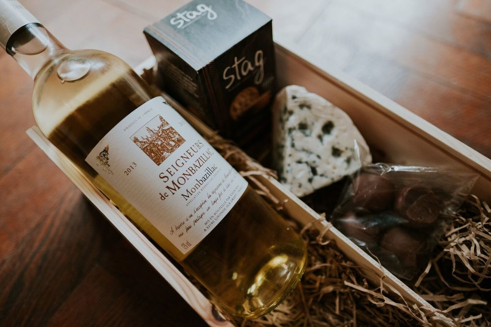 Wildmoor Wine and Cheese Gift Box Joanna Nicole Photography (19 of 21)_preview.jpg