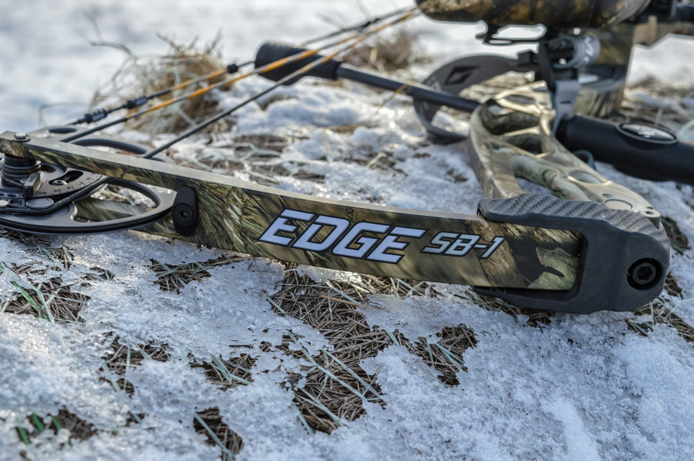 Diamond Edge SB-1 limb system is fully camoflauged.