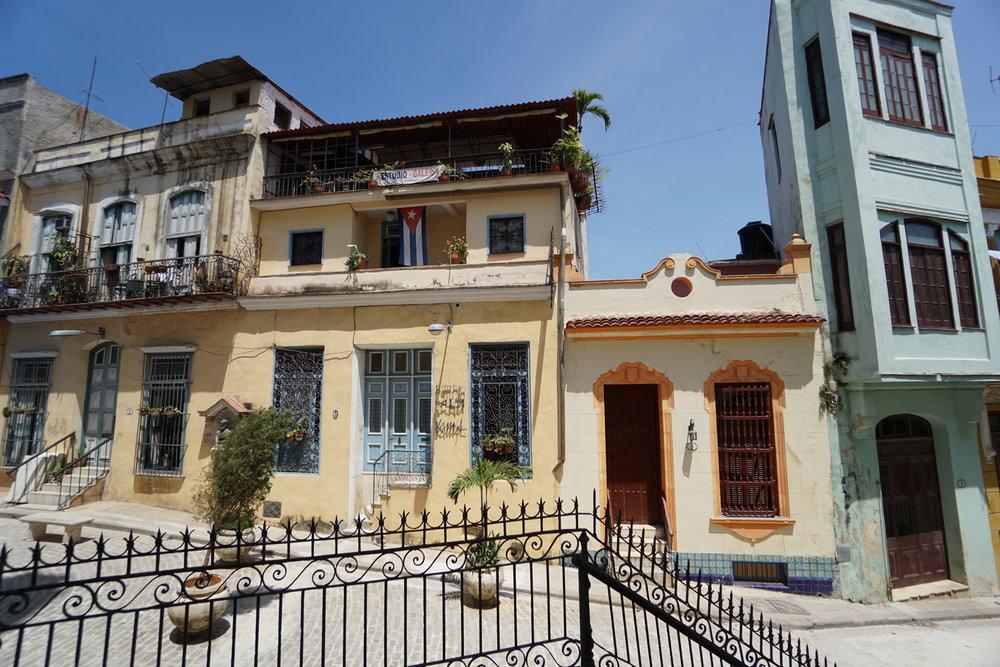 Classic Havana + Trinidad Tour -