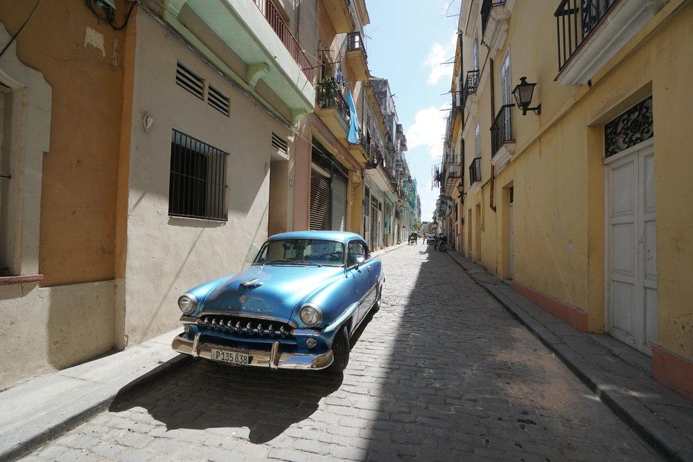 Classic Havana + Viñales Tour -