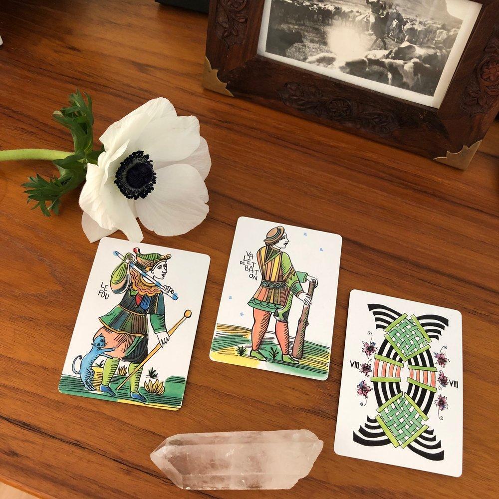 Three Card Reading Marshmallow Marseilles