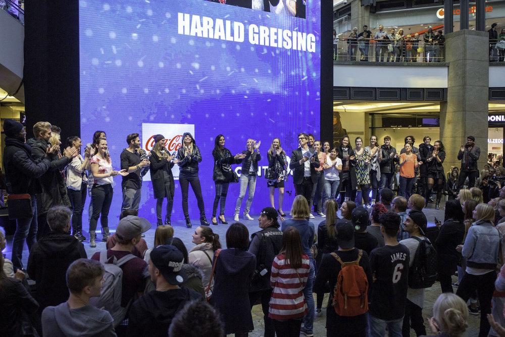 4_Harald_Greising_Moderator_Centro_Fashionshows.jpg
