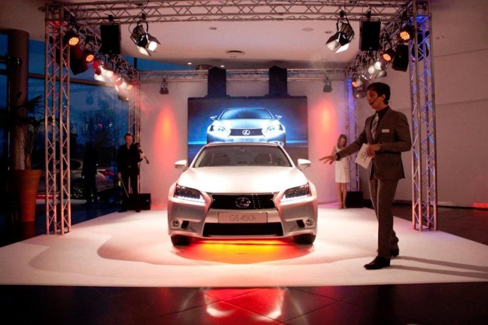 1_Harald_Greising_Moderator_Lexus.jpg