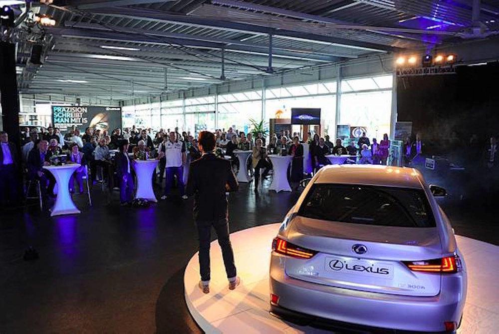 11_Harald_Greising_Moderator_Lexus.JPG