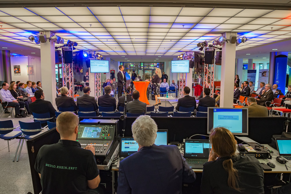 12Harald_Greising_REload_2018_Moderator_Event_Köln.jpg