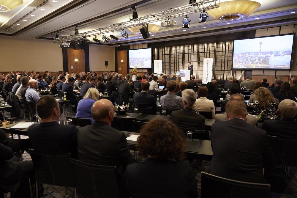 11_Harald_Greising_Moderator_Kommunalkongress_NRW_2018.jpg