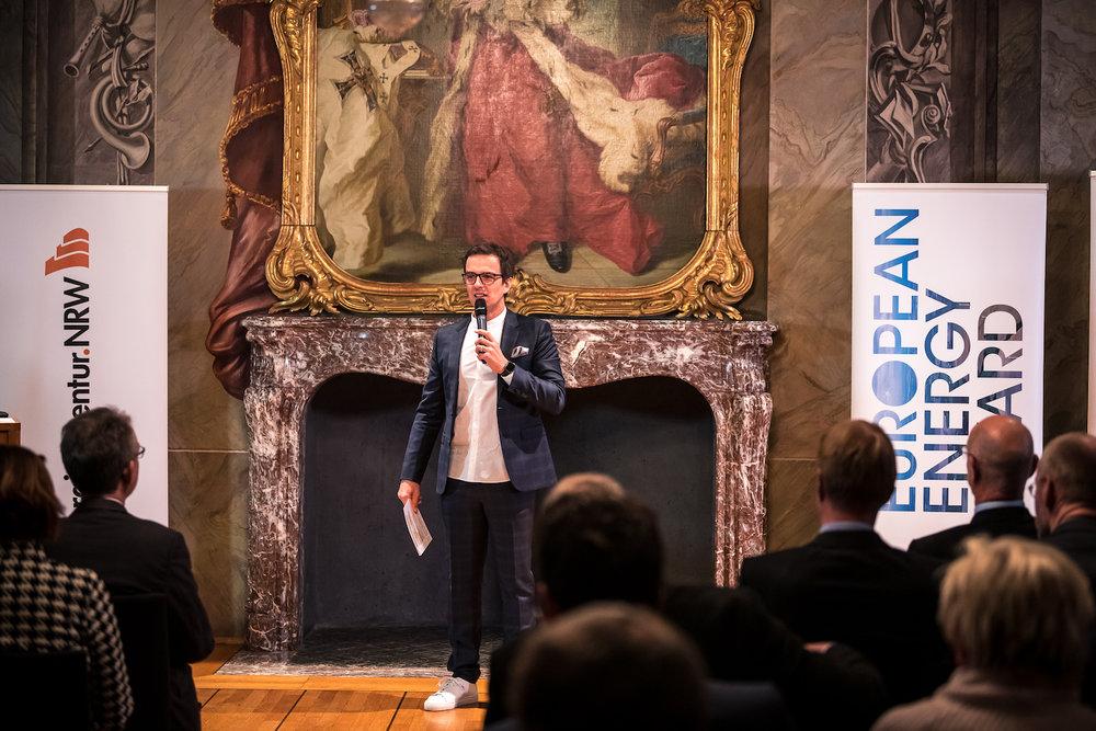 13_Harald_Greising_Moderator_European_Energy_Award_2018.jpg