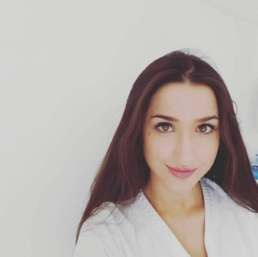 Meet Dr. May Abdulla, BDS. She is an experienced dentist and facial aesthetician with a major interest in non-surgical management of skin aging. Dr. May Abdulla is very passionate about health and beauty and the medical science behind anti-aging based cosmetics.
