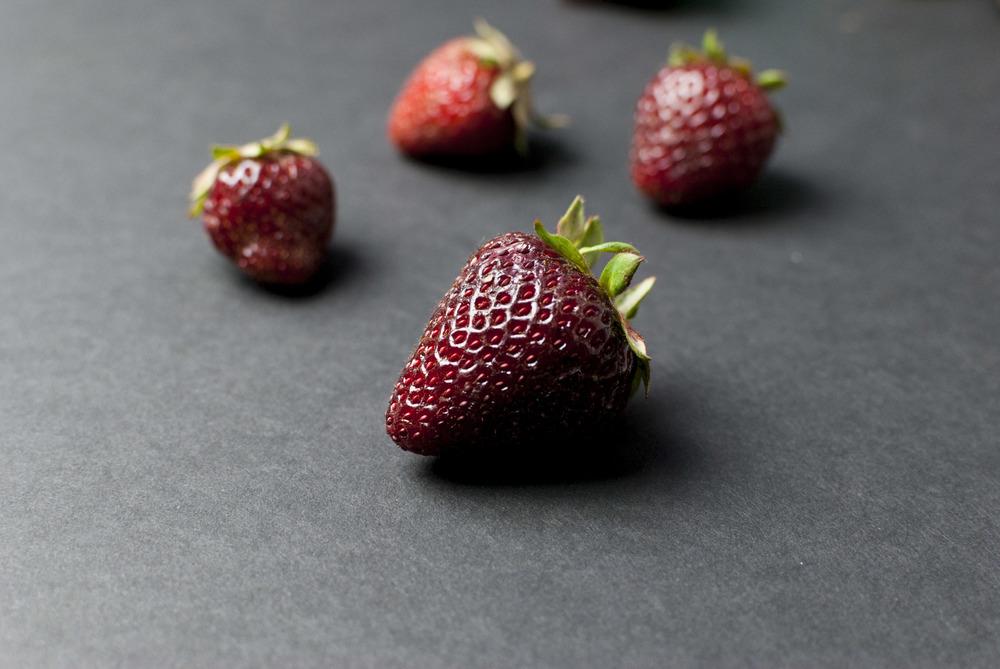 Strawberry_ice_cream_06.jpg