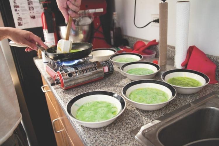 Tasting the effect of color on taste - j. Kenji Lopez Alt / W. W. Norton