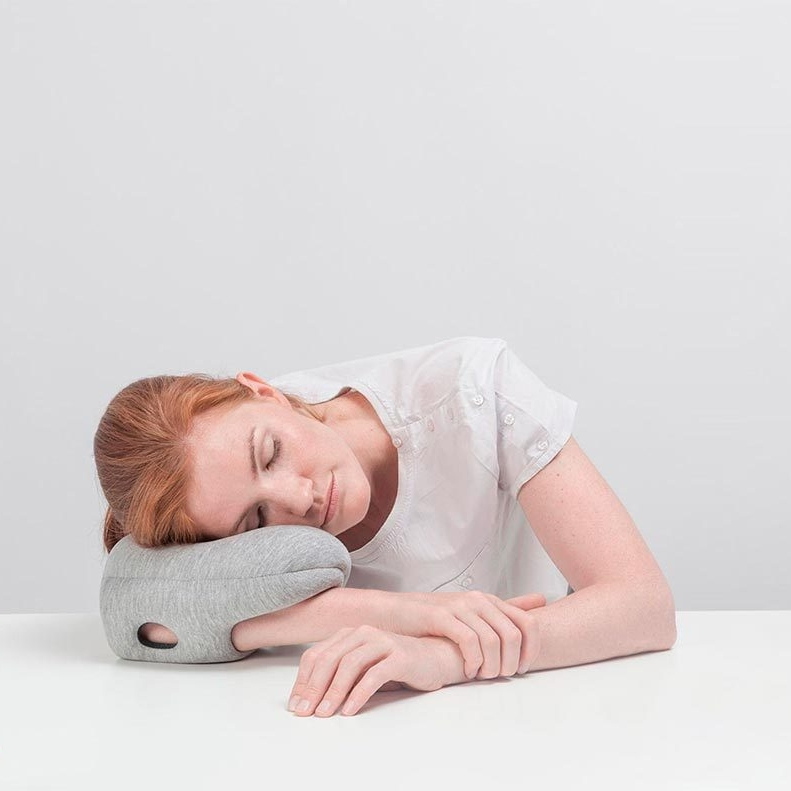 ostrichpillow-mini-ostrich-pillow-official-travel-nap-midnight-grey-tablet-product-zoom1.jpg