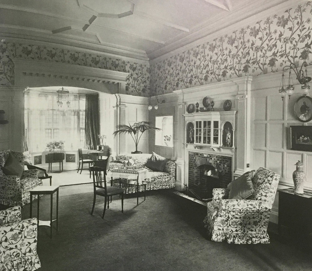 Drawing room, Rosslyn Tower. (1907)