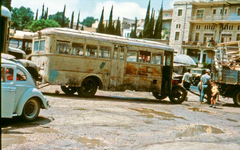 Der Schweizer Bus in Nazareth.