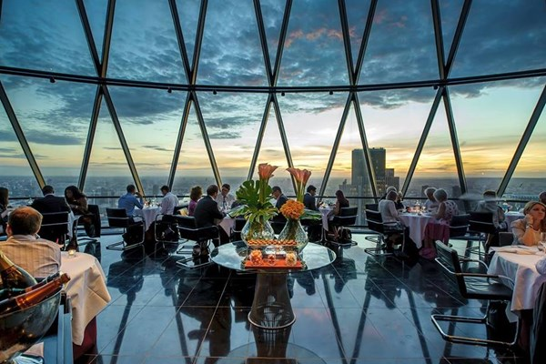 searcys-at-the-gherkin-aldgate-fenchurch-street-tower-hill-london-1.jpg