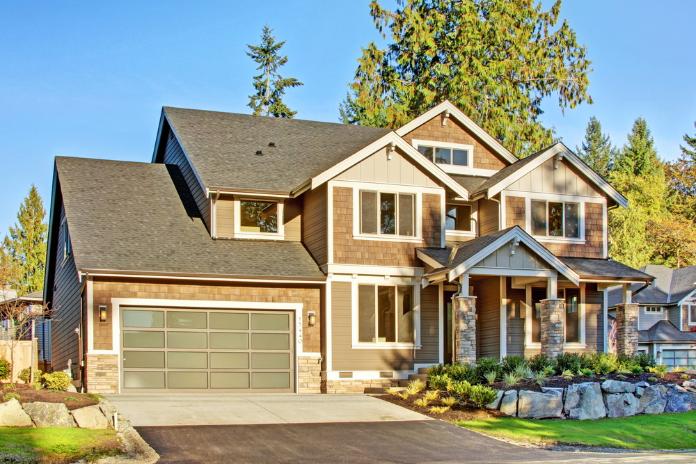 Homesite 35: Secluded family home with lake view in the Renton Highlands