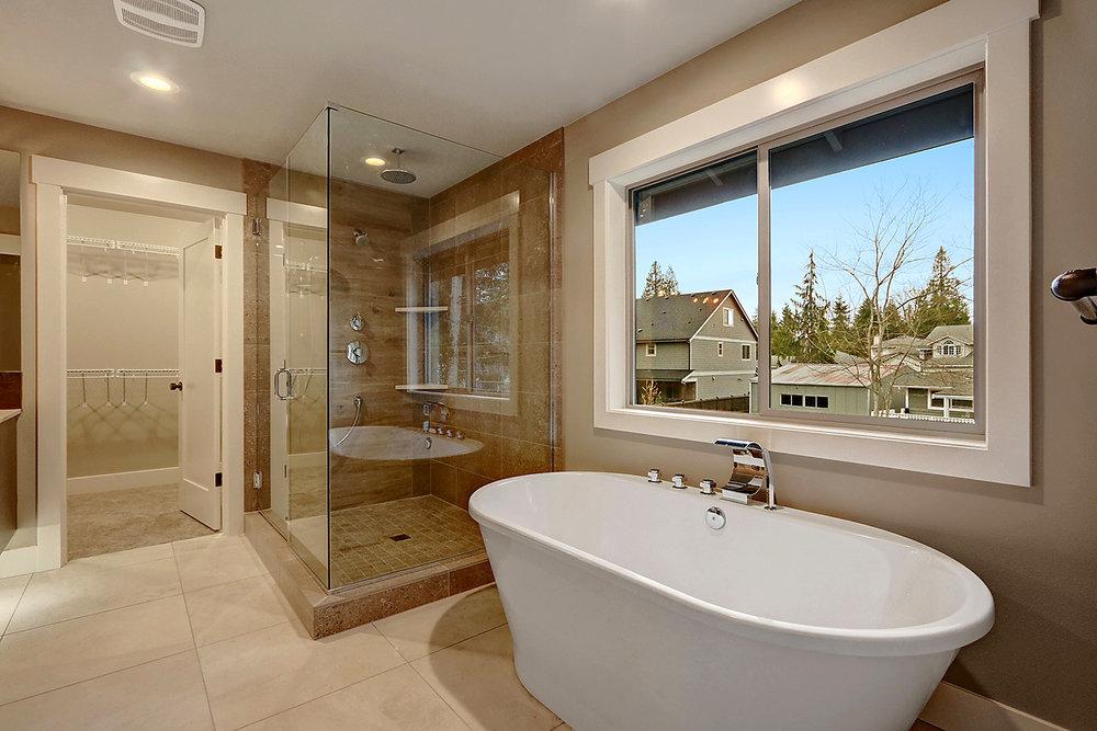 Master Suite Bathroom - Soaking Tub and Walk-In Closet #2