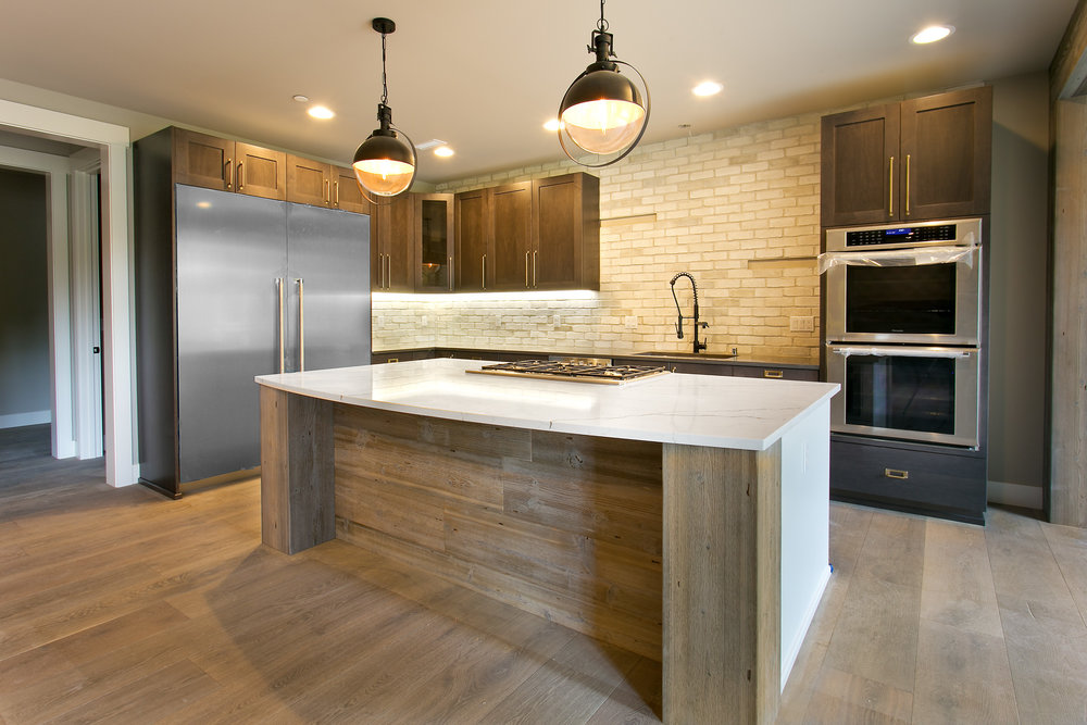 SBG-Renton-60-180531-kitchen1.jpg