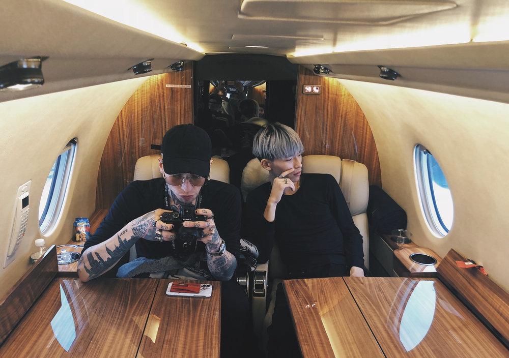Alan King with Chris Lavish on Jetsmarter plane.