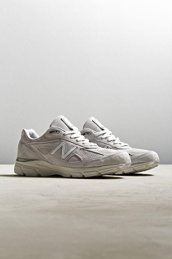 - New Balance 990
