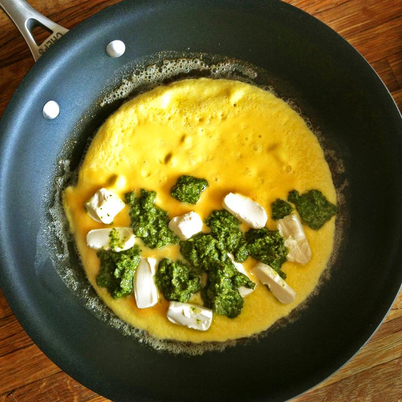 pesto omelet recipe for keto breakfast meals