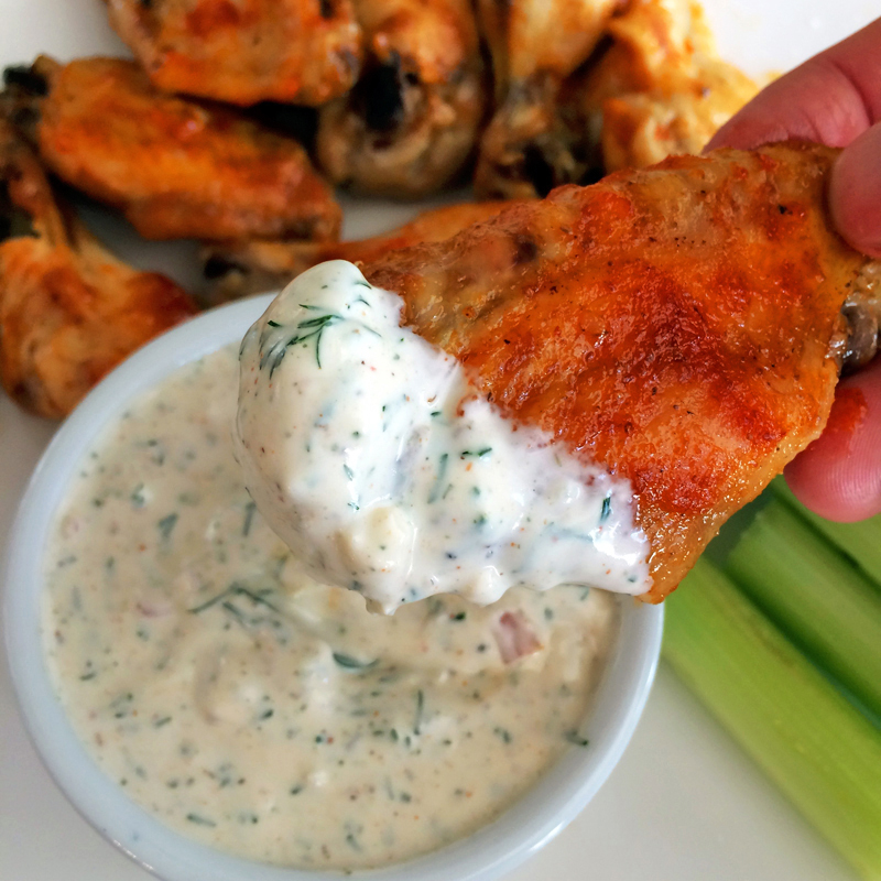 Keto chicken wings recipe with homemade ranch dressing. Make this healthy meal on the ketogenic diet.