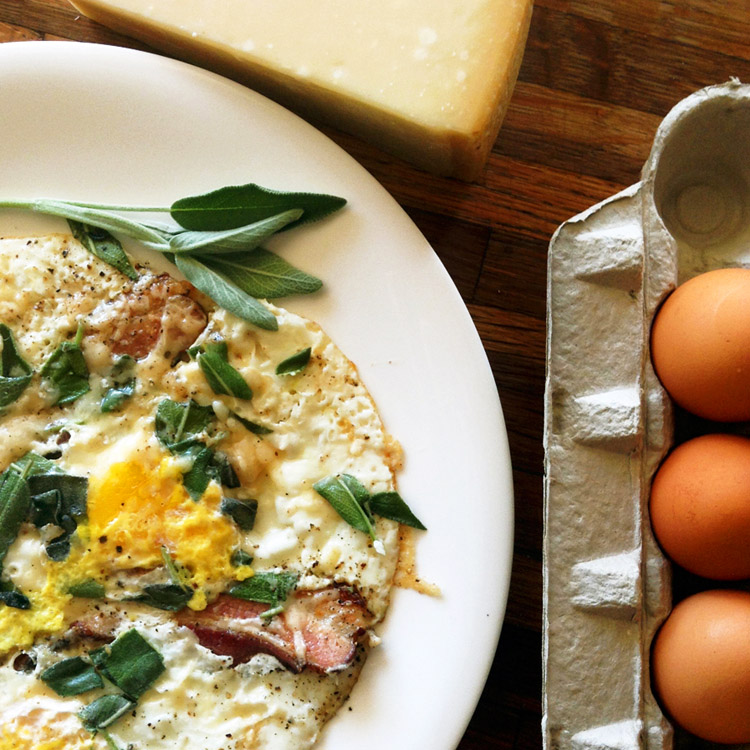 Keto egg recipes for quick breakfasts. Make a low carb omelette for the keto diet with butter.