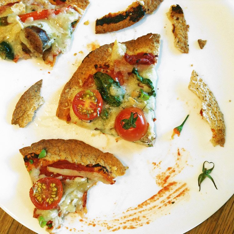 Keto tortilla pizza recipe and easy keto pizza for dinner. Eat this on the ketogenic diet.