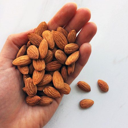 keto almonds for the ketogenic diet and shopping list