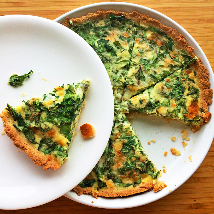 Keto spinach quiche and best keto quiche recipe for weight loss. Use low carb ingredients for your ketogenic recipes.
