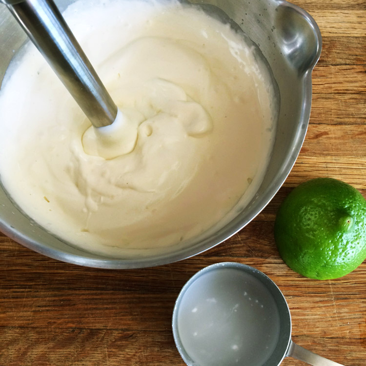 Keto coconut mousse for easy dessert recipes. Enjoy this low carb mousse on the ketogenic diet.