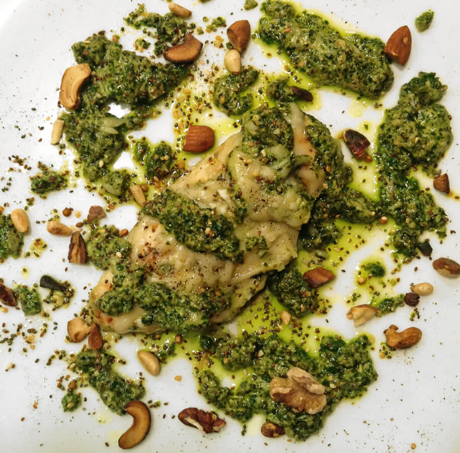 Easy keto dinner ideas and recipes for the ketogenic diet. Make this quick pesto chicken for weight loss.