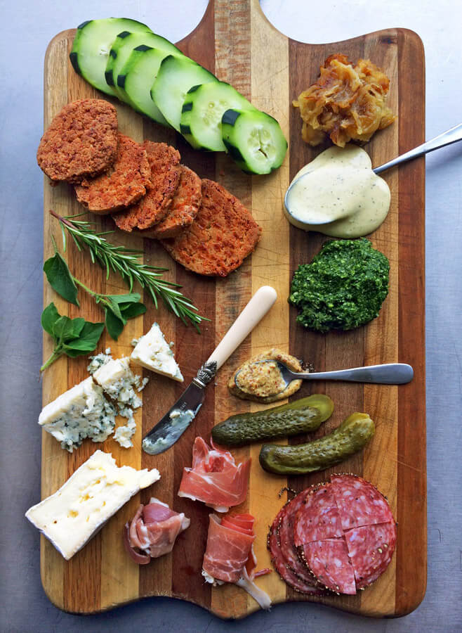 Keto charcuterie board with low carb ingredients. Make this easy lunch recipe for the ketogenic diet.