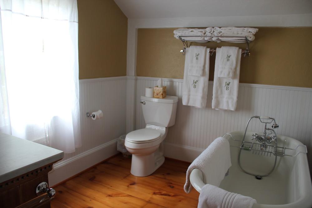 Master Bath #47.jpg