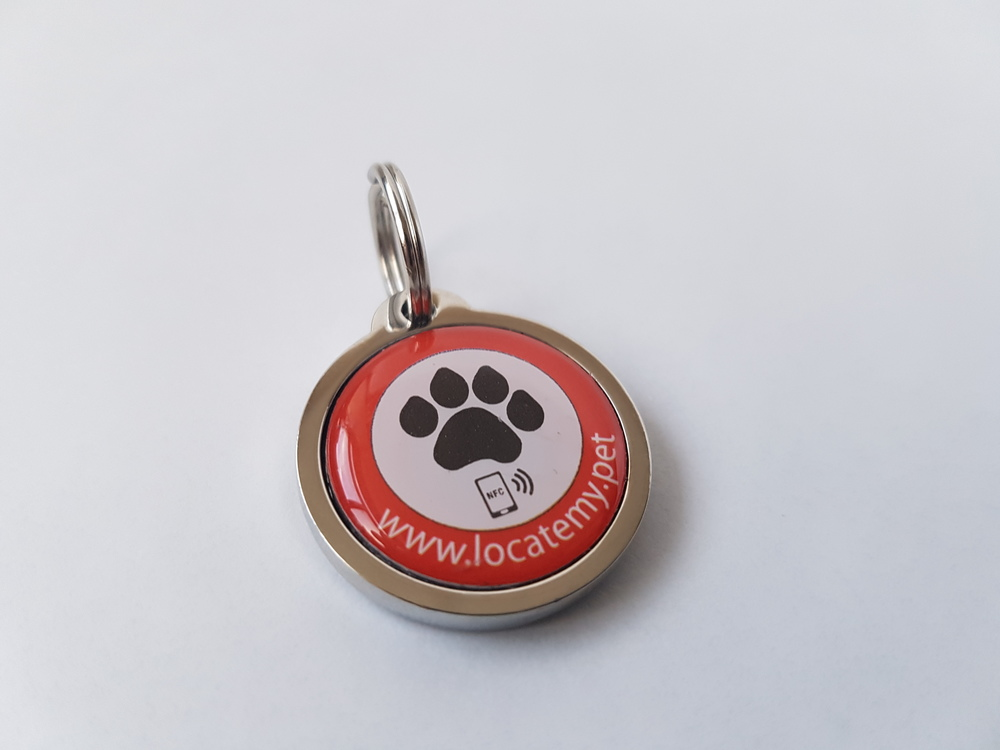 The 1-inch  Locatemy.pet tag