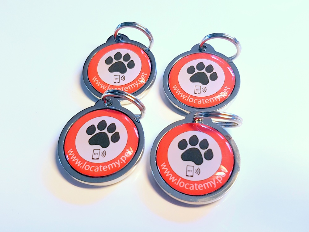 A bulk order of 4 Locatemy.pet tags