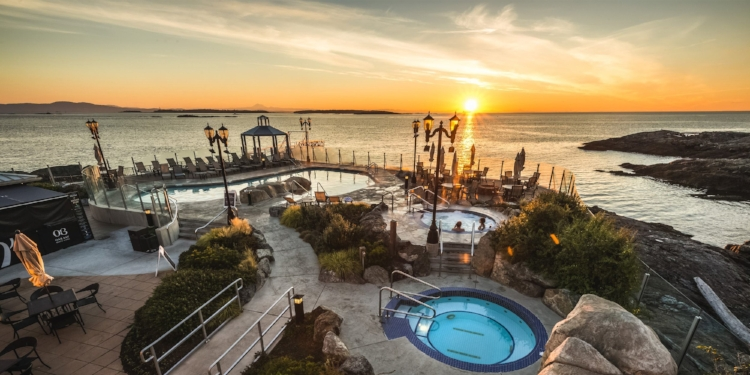 Join me for an all-inclusive weekend dedicated to your wellbeing at Victoria's Oak Bay Beach Hotel, February 1 to 3, 2019!