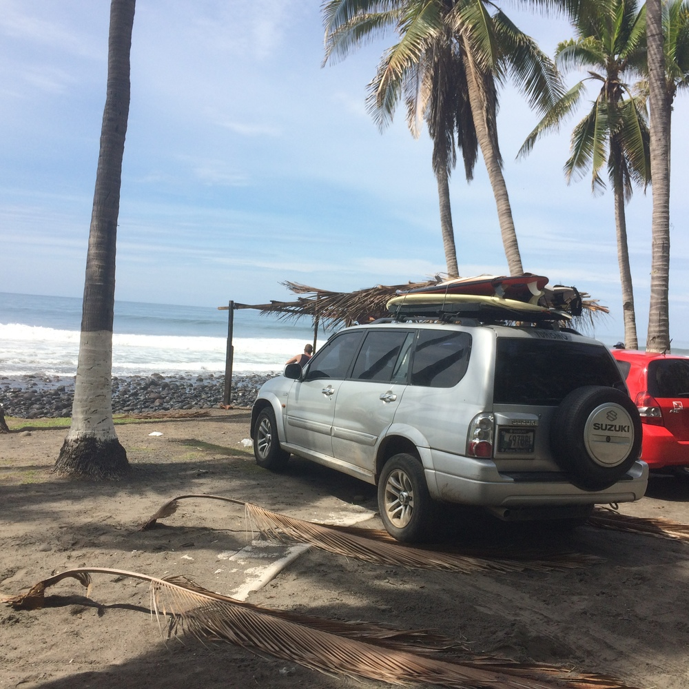 Surf check at Punta Roca