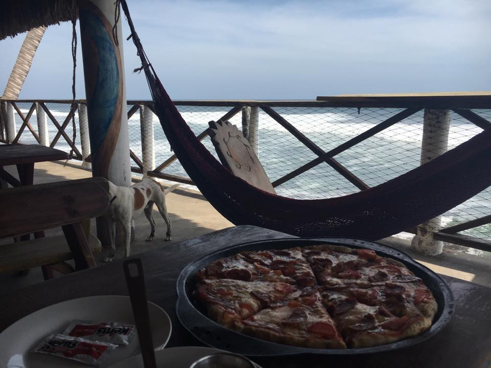 Pizza for lunch at our hotel in El Zonte