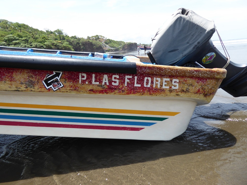 The boats on the beach at Las Flores (these boats take surfers from Las Flores to Punta Mango - I prefer to drive there!)