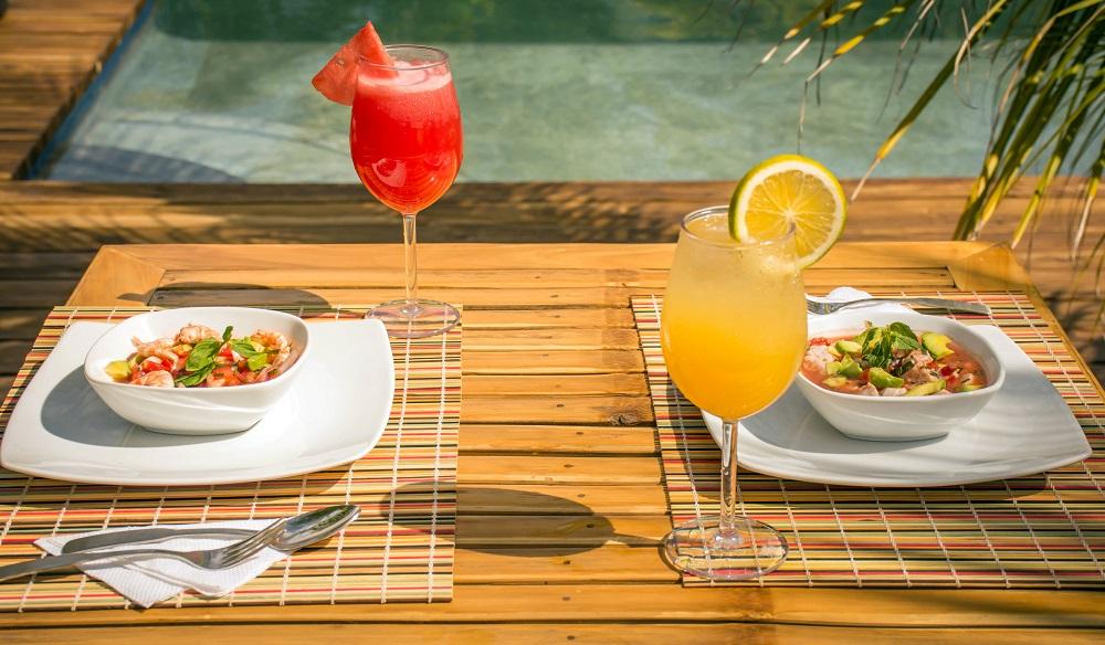 Tasty fresh food by the pool