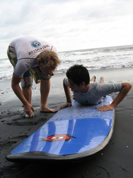 Surf Guide Mike overseeing class