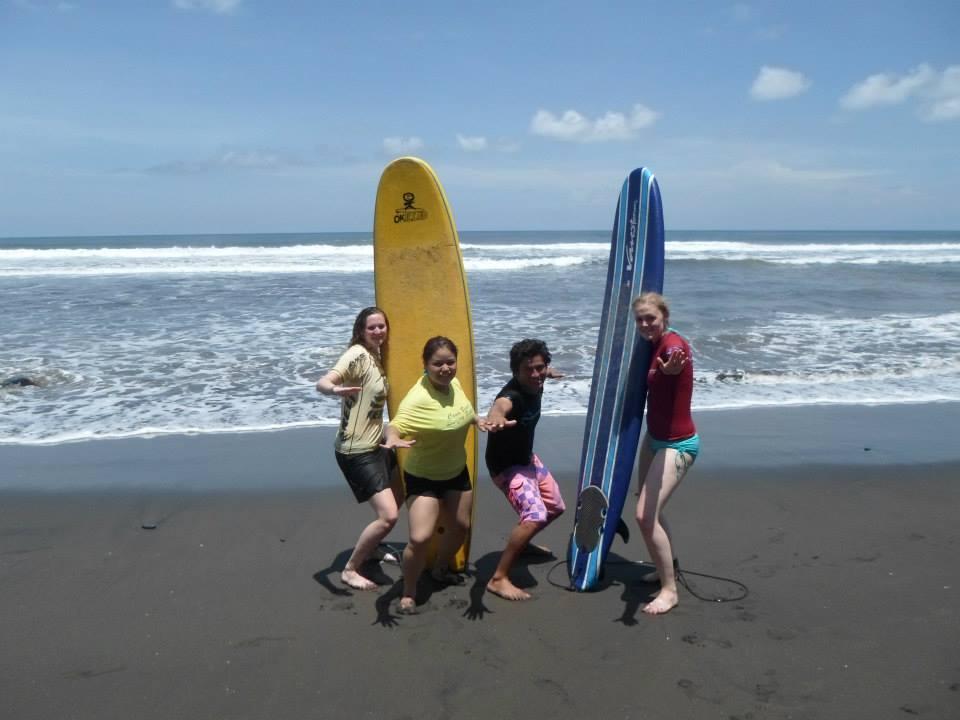 Happy group, El Salvador