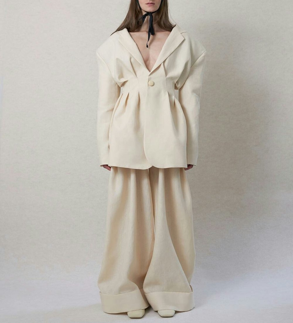 jacquemus - the dreamiest of them all. on top of my imaginary, will-never-happen, whishlist.